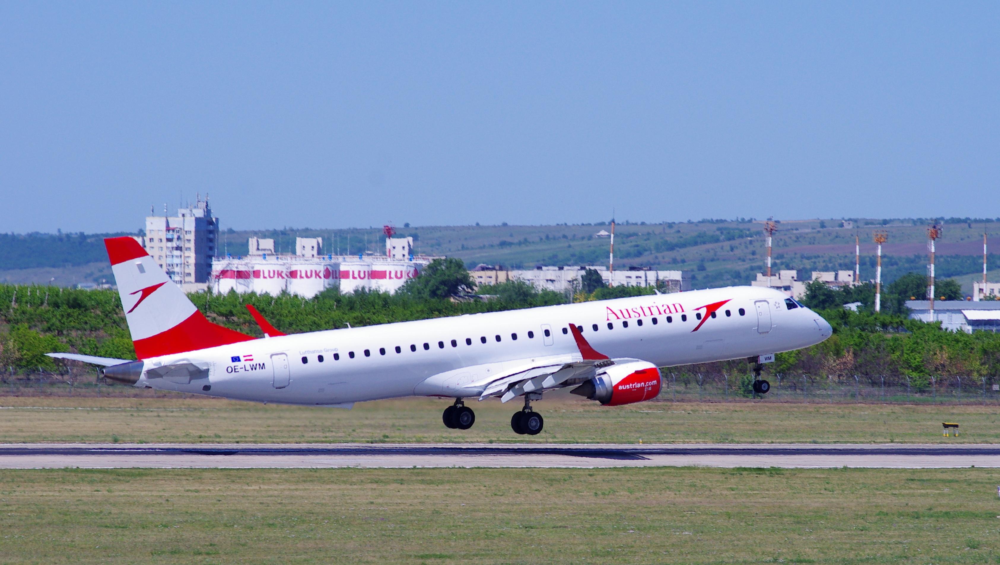 Embraer ERJ195