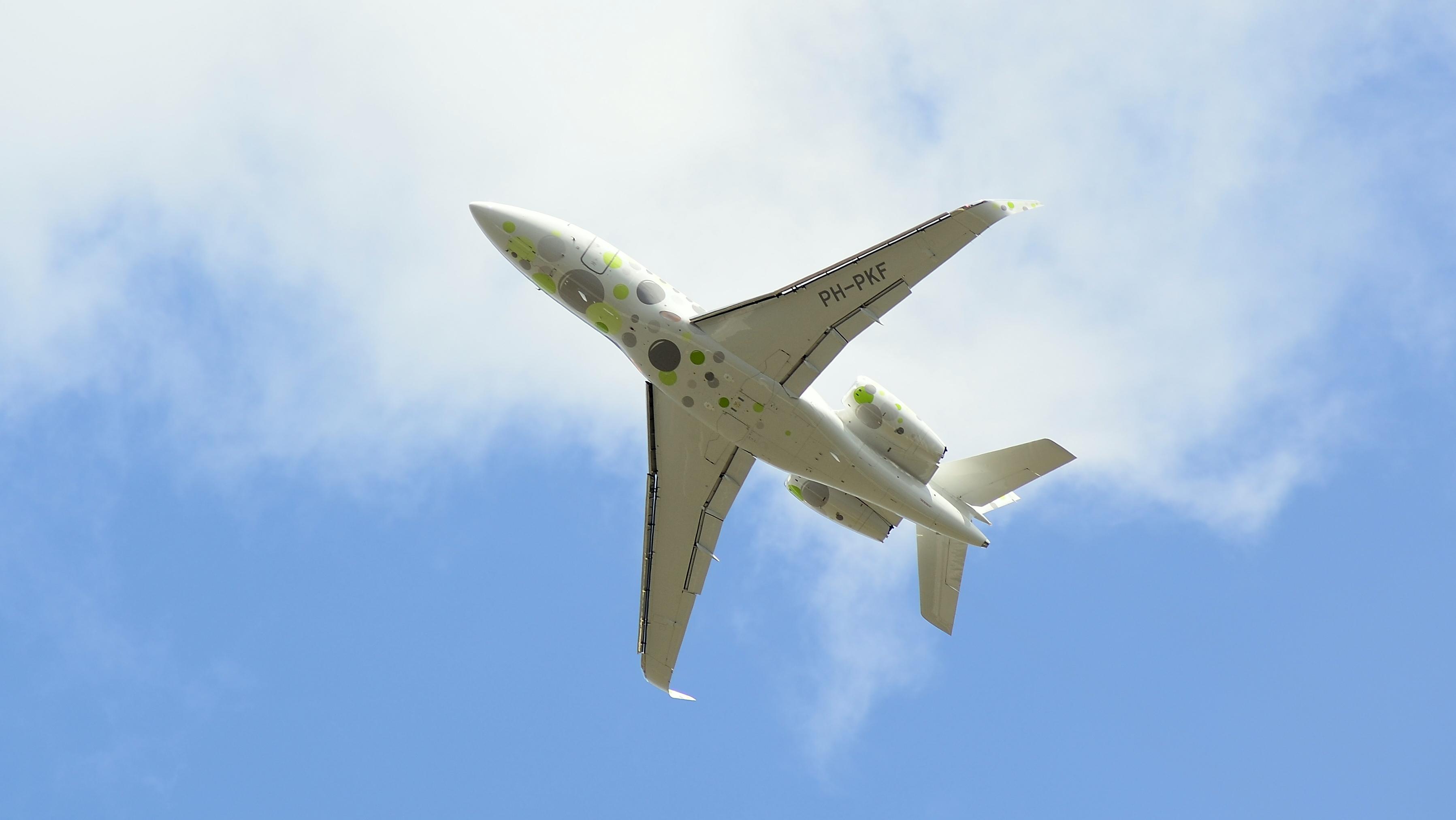 Dassault Falcon 2000LXS PH-PKF
