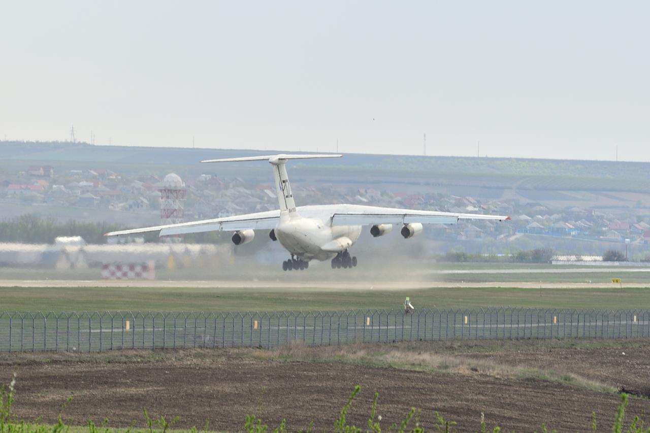 IL-76, RA-76502