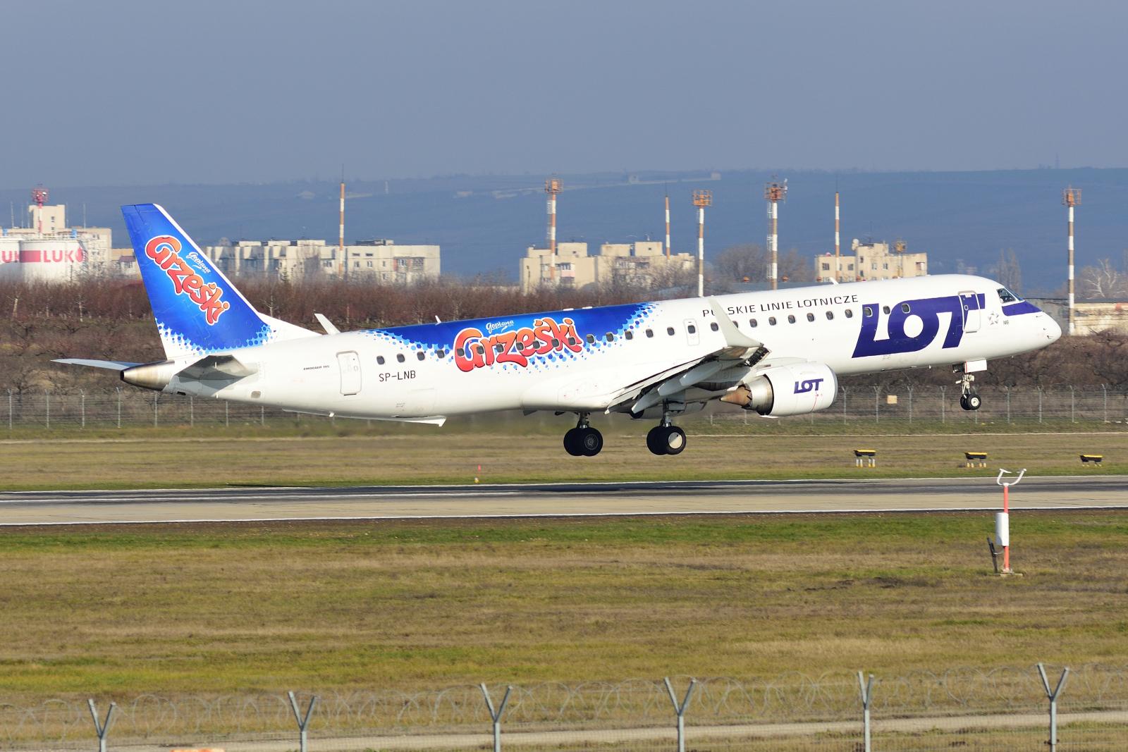 Embraer E195, SP-LNB