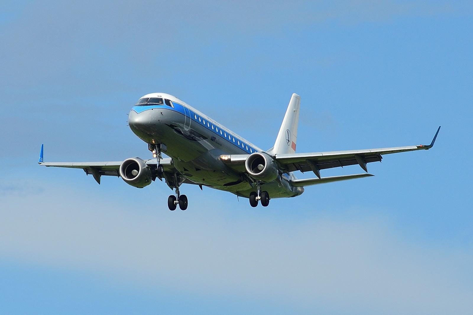 Embraer E175, SP-LIM