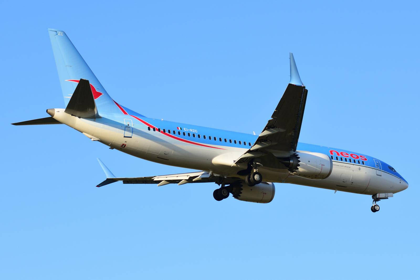 Boeing 737MAX8, EI-RZC